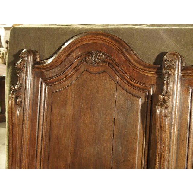 19th Century Sculpted Oak Stall from a Private Chapel in Liege, Belgium For Sale In Dallas - Image 6 of 11