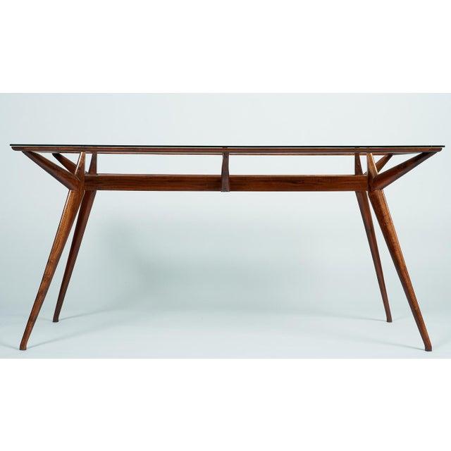 Silvio Cavatorta 1950s Mid-Century Modern Silvio Cavatorta Mahogany and Glass Dining Table For Sale - Image 4 of 12