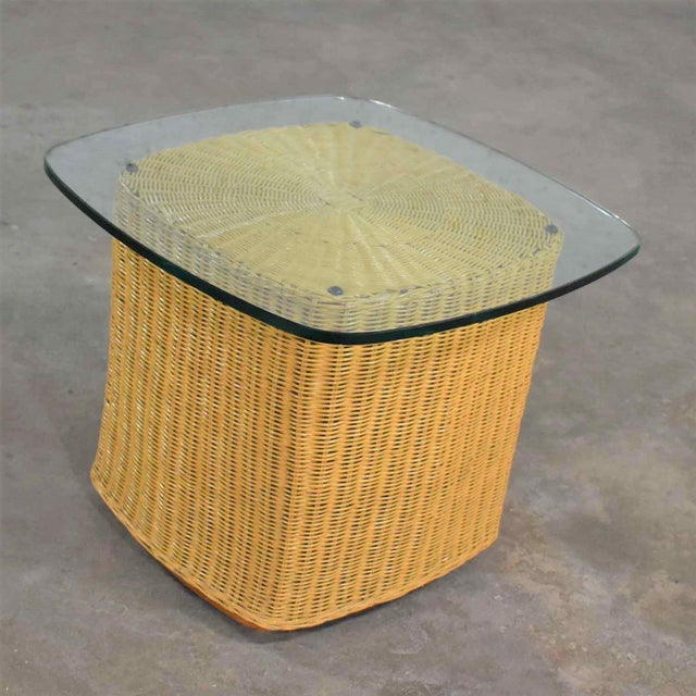 Contemporary Rattan Wicker Organic Modern Side Table With Thick Glass Top For Sale - Image 3 of 13