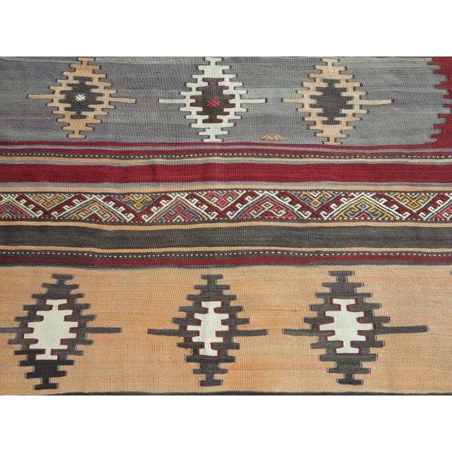 Textile 1960s Vintage Turkish Kilim Rug For Sale - Image 7 of 12