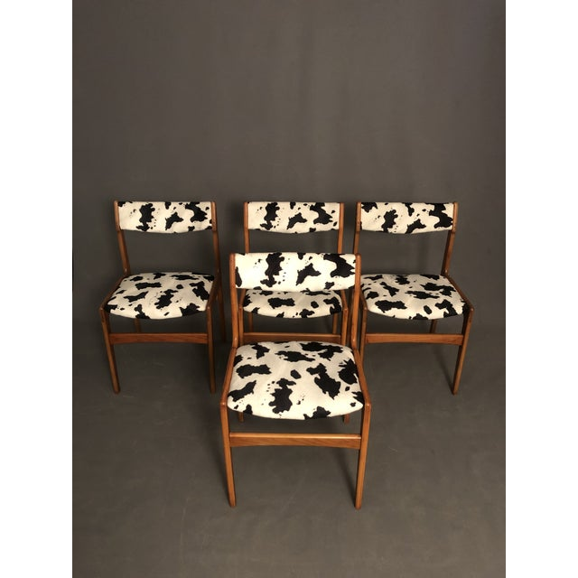 1970s Vintage Mid Century Curated Teak Danish Dining Chairs- Set of 4 For Sale - Image 5 of 12