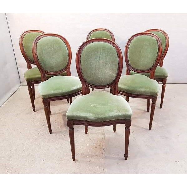 French Vintage Louis XVI Style Green Velvet Medallion Back Dining Chairs - Set of 6 For Sale - Image 12 of 13