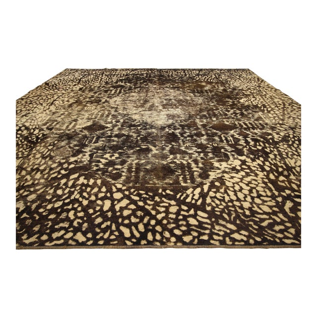 60731, Distressed Vintage Turkish Rug with Modern Luxe Style and Bone Inlay Pattern. Refined with modern luxe with a...