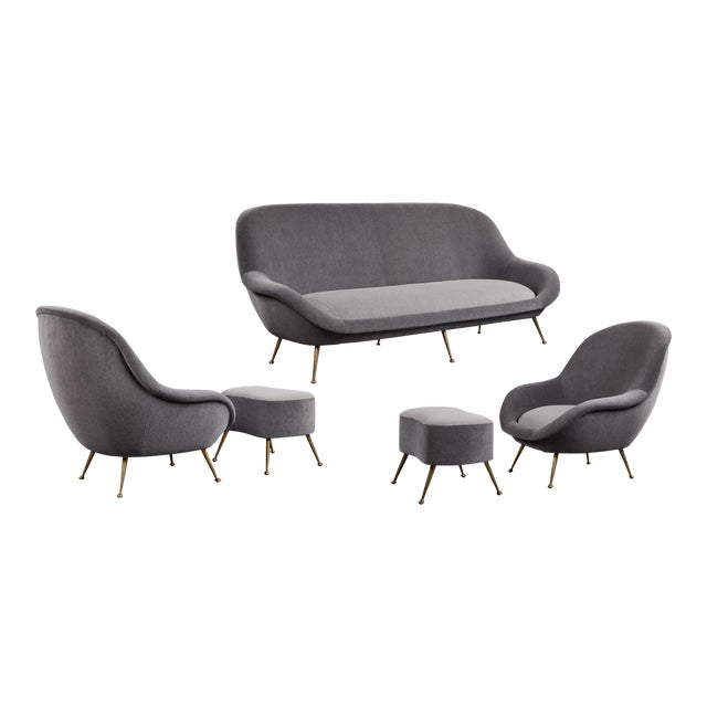 An Elegant Italian Suite of a Petite Sofa and Two Armchairs With Matching Ottomans For Sale