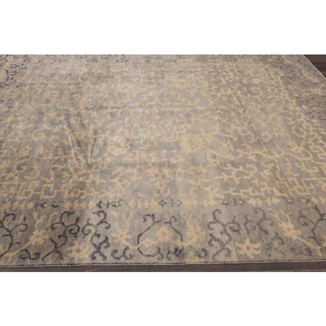 This beautiful hand-knotted Modern rug has a great design with magnificent detailing. This piece will make your floor look...