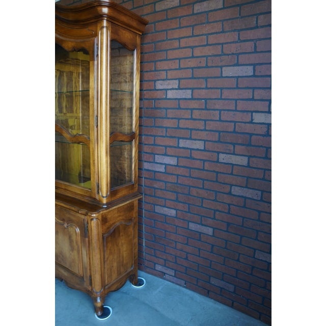 1980s French Country Ethan Allen China Cabinet For Sale - Image 9 of 12
