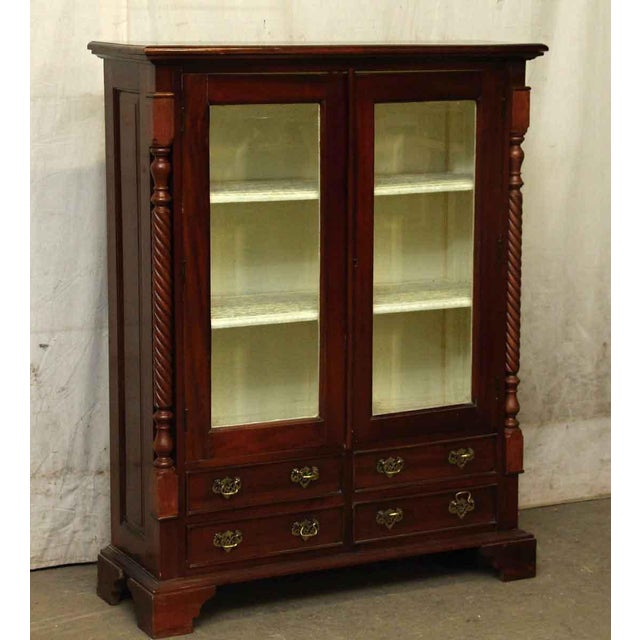 American Dining Room Cabinet With Three Shelves - Image 2 of 10