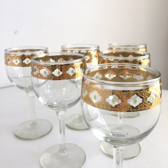Culver Ltd. Culver Valencia Gold and Green Wine Glasses Vintage Barware - Set of 6 For Sale - Image 4 of 6