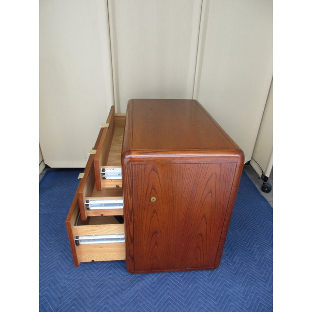 Mid-Century Modern 3-Drawer File or Storage Cabinet With Rounded Corners For Sale - Image 6 of 13