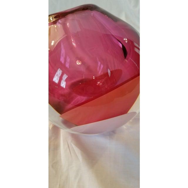 Sklo Fuchsia Glass Mantle Vessel Vase For Sale In Austin - Image 6 of 9