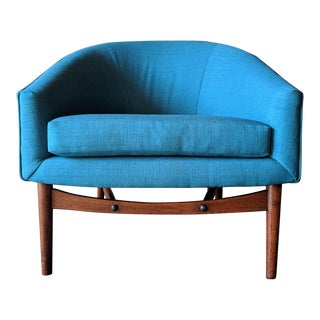 Mid Century Reupholstered Cool Blue Barrel Back Lounge Chair With Sculpted Legs