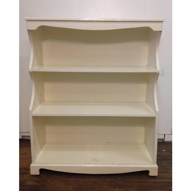 White Painted Pine Bookshelf - Image 3 of 9