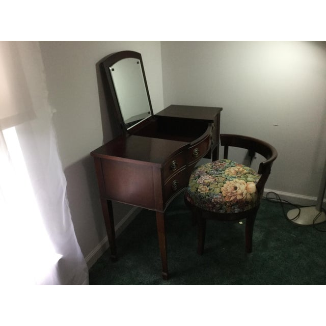 Wood Drexel 1960s Vintage Dressing Table and Stool For Sale - Image 7 of 12