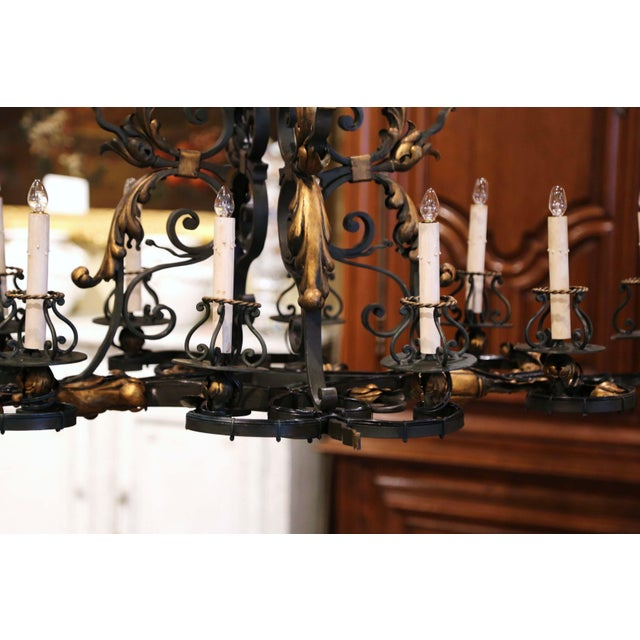 Early 20th Century French Painted & Gilt Iron Flat Bottom Ten-Light Chandelier For Sale - Image 9 of 13