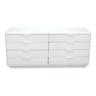 Vintage Lane 8-Drawer Lacquered Dresser For Sale