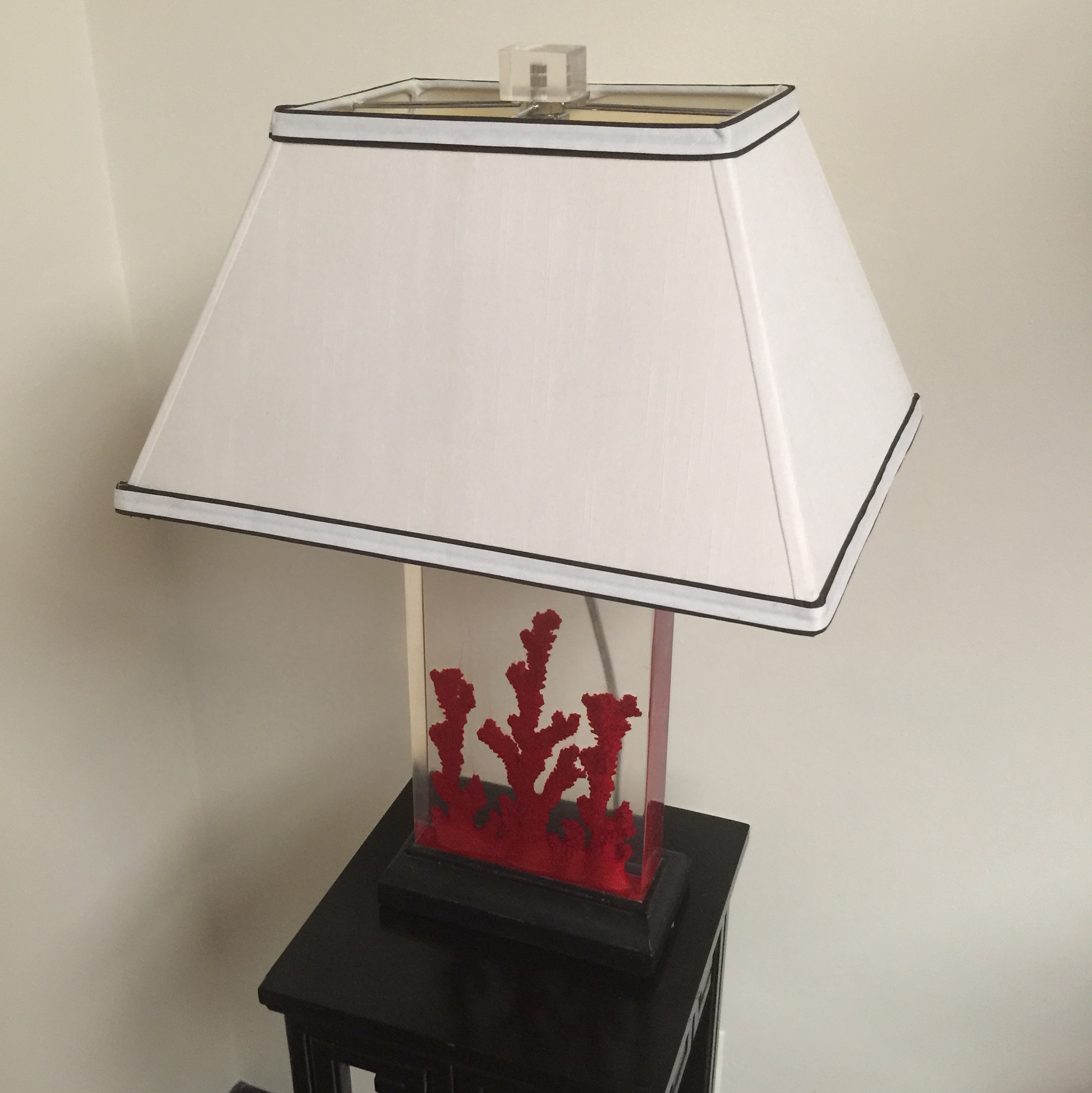 Lucite Red Coral Lamp   Image 3 Of 9