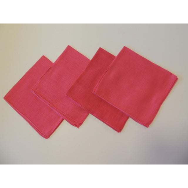 Vintage Set of (4) Linen Fuchsia Napkins For Sale In Miami - Image 6 of 6