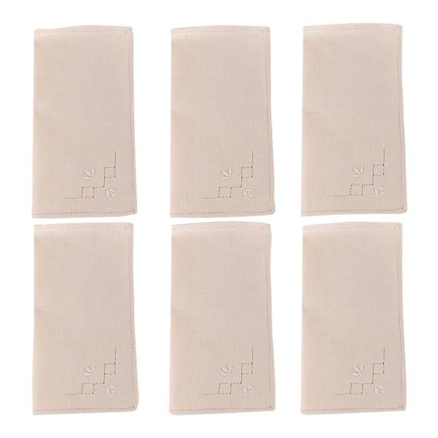 French Hem Stitched Ballet Pink Embroidered Cloth Napkins - Set of 4 For Sale