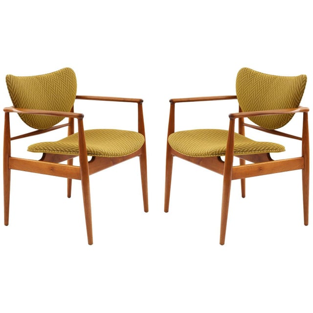 Sculpting Pair of Finn Juhl 48 Armchairs For Sale - Image 7 of 7