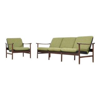 Danish Teak and Plywood Seating Group with Green Cushions, 1950s For Sale
