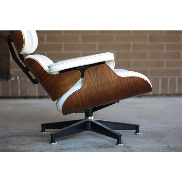 1950s Mid Century Modern Rosewood And Leather Eames Lounge