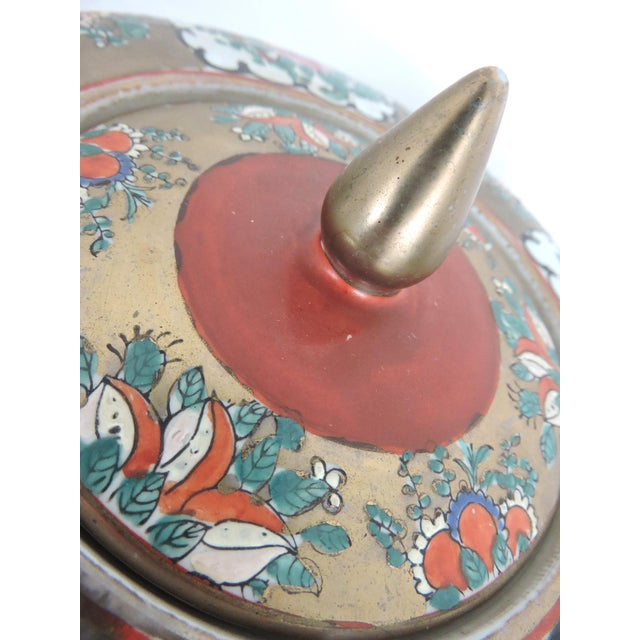 Antique 'Chinese Opera' Rose Mandarin Lidded Porcelain Ginger Jar With Gilt Finial For Sale - Image 11 of 11
