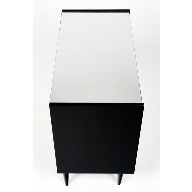 French Mid-Century Chest of Drawers For Sale In Austin - Image 6 of 10