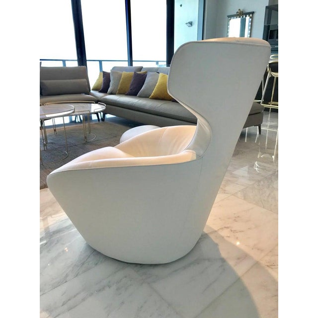 2010s Edito Swivel Lounge Chair in White Leather by Roche Bobois For Sale - Image 5 of 13