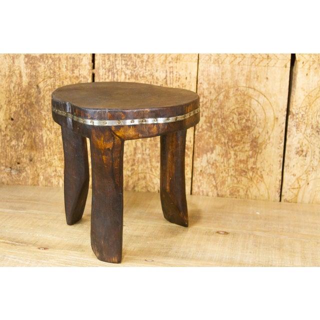 Ishann Metal Strap Naga Tripod Stool For Sale - Image 4 of 7