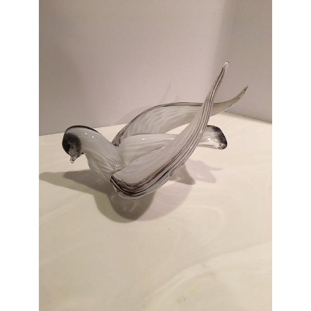 Mid-Century Modern 1960s Mid-Century Modern Murano Black & White Glass Bird Figurine For Sale - Image 3 of 12