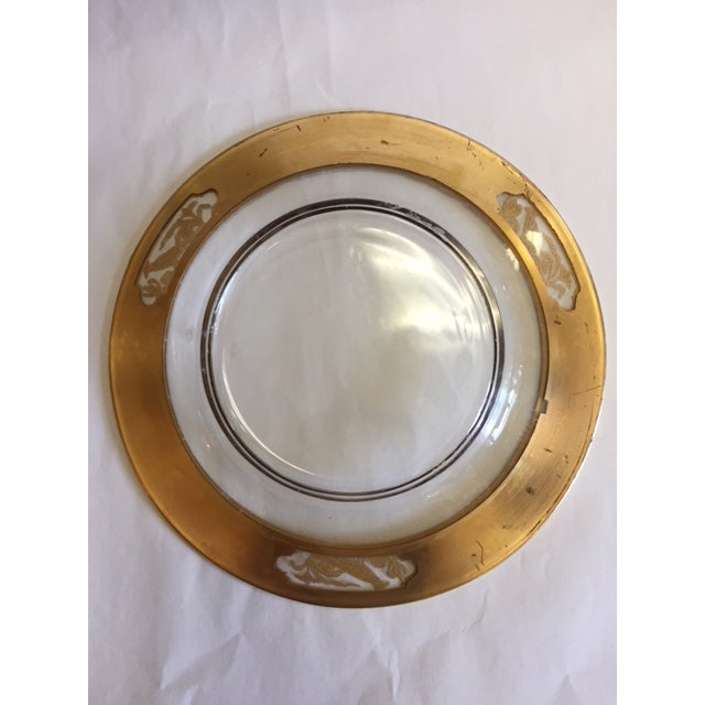 Etched Glass 24k Gold Plates With Rim - 12 Pieces For Sale In Los Angeles - Image 6 of 11