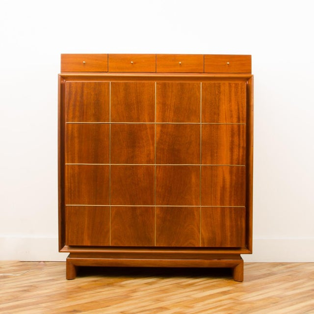 1960s Mid-Century Modern American of Martinsville Walnut Chest For Sale In Philadelphia - Image 6 of 12