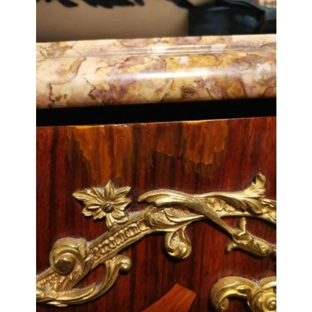 Ormolu Mounted Tulipwood and Amaranth Marquetry Commode For Sale - Image 12 of 13