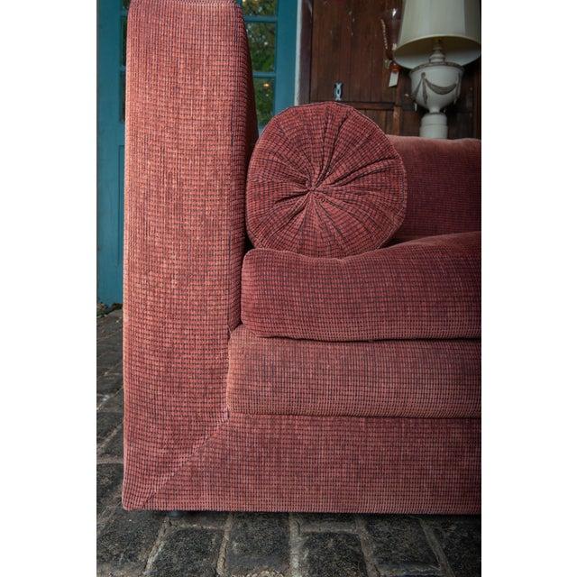 1990s Vintage Custom Made John Saladino Sofa For Sale - Image 18 of 34
