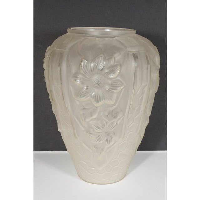 Art Deco Relief Frosted Glass Vase with Cubist Floral and Geometric Design For Sale In New York - Image 6 of 9