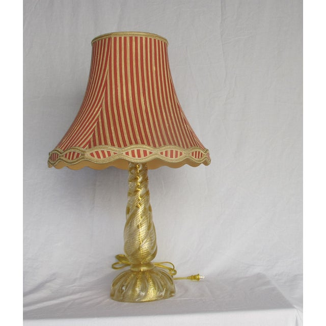 Murano Gold Infused Twisted Column Lamp - Image 2 of 6