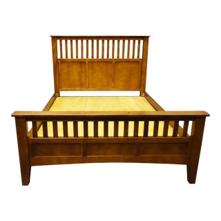 Crafters and Weavers Mission Style Quarter Sawn Oak Bedframe For Sale