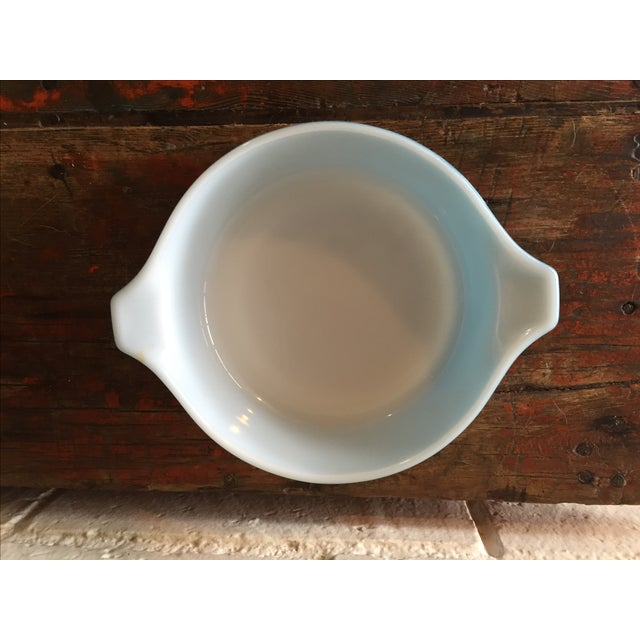 Pyrex Blue Snowflake Casserole Dish - Image 4 of 8