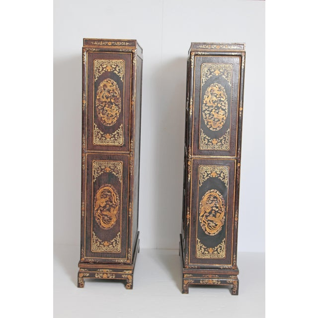 Mid 20th Century Pair of Black Lacquer Chinese Display Cabinets For Sale - Image 5 of 13
