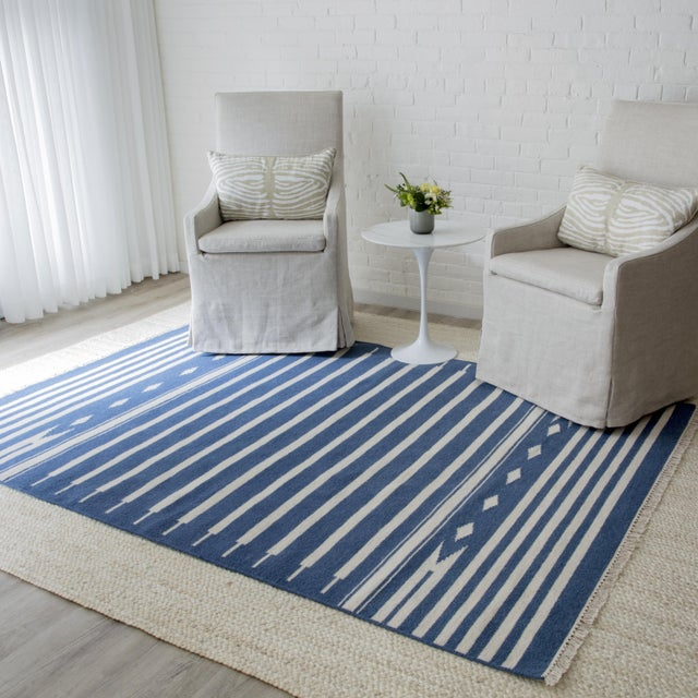 """Textile Erin Gates by Momeni Thompson Billings Denim Hand Woven Wool Area Rug - 3'6"""" X 5'6"""" For Sale - Image 7 of 7"""