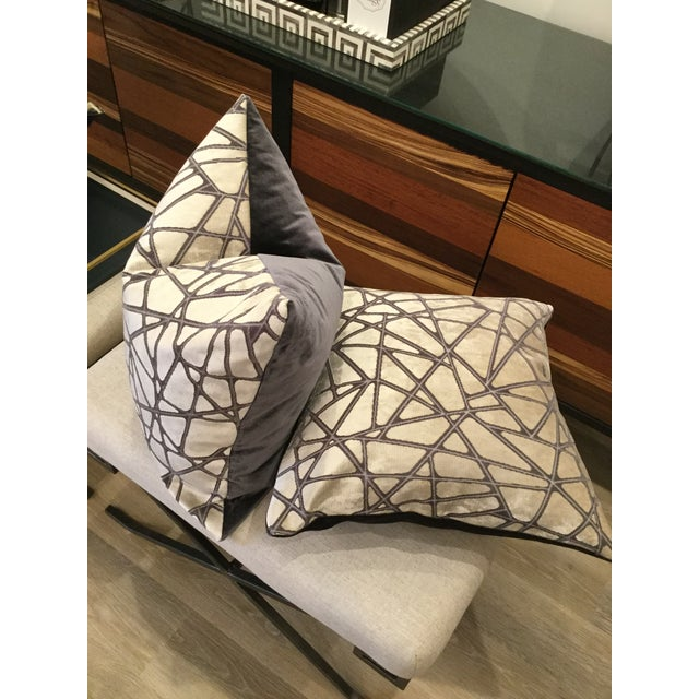 Holly Hunt Silver Streak Silk Velvet Pillows - A Pair For Sale In New York - Image 6 of 6