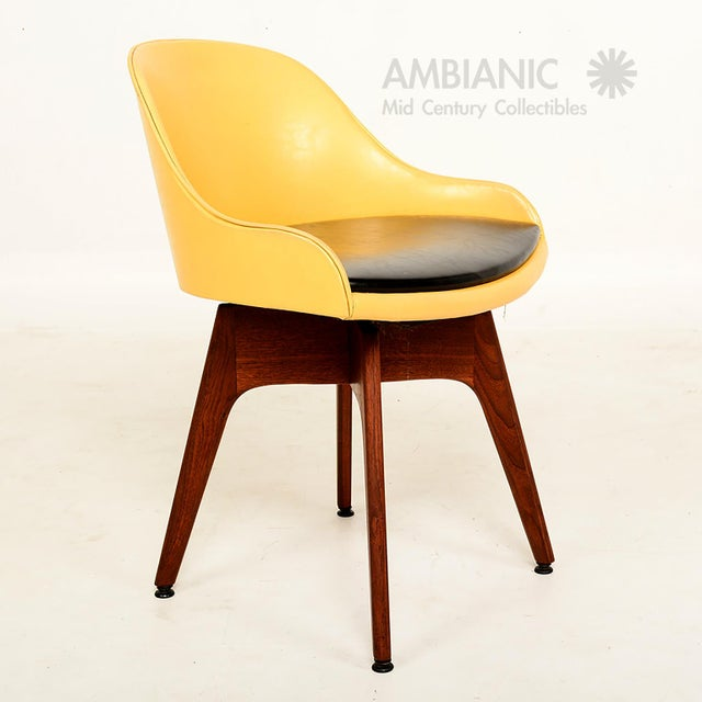 Danish Modern Mid-Century Danish Modern Walnut Revolving Chair For Sale - Image 3 of 10