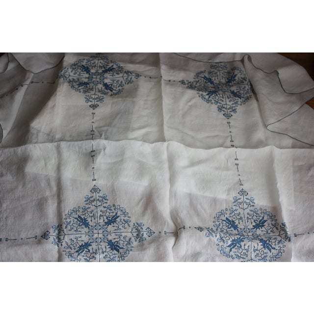 Hand-Embroidered Linen Tablecloth & Napkins - 9 - Image 5 of 5