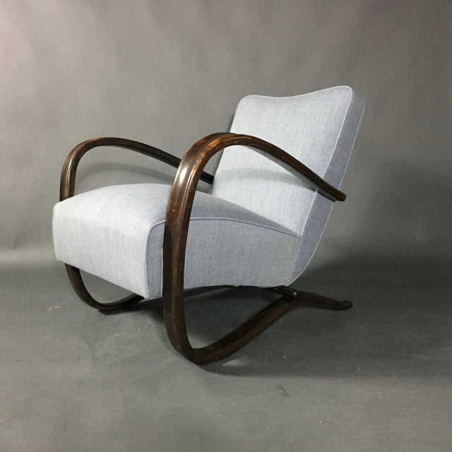In the pure modernist tradition and a leading light of early Czech Bauhaus design, Jindřich Halabala created this model...