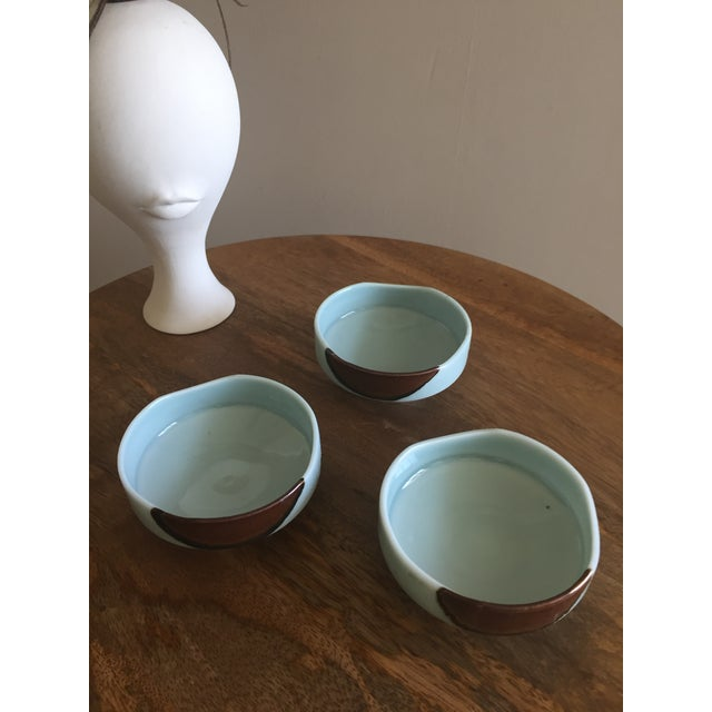 These little dipping bowls are awesome and if you look close enough, it looks as if they are smiling at you. They are a...