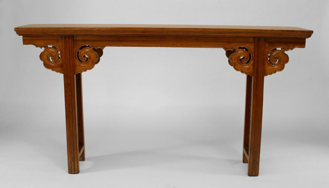 Mid 18th Century Chinese (18th Cent) Elmwood Narrow Altar Style Console  Table For Sale
