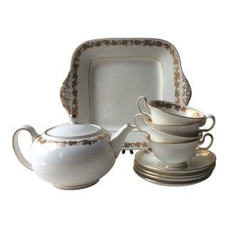 Vintage Wedgewood Whitehall Tea Set For Sale