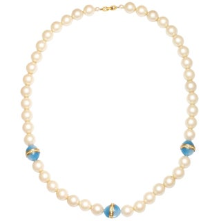 Chanel Style Large Faux Pearl Necklace With Blue Beads For Sale