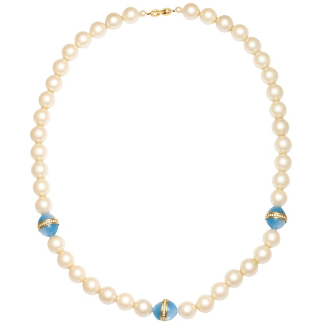 fe2b62e890805 Chanel Style Large Faux Pearl Necklace With Blue Beads
