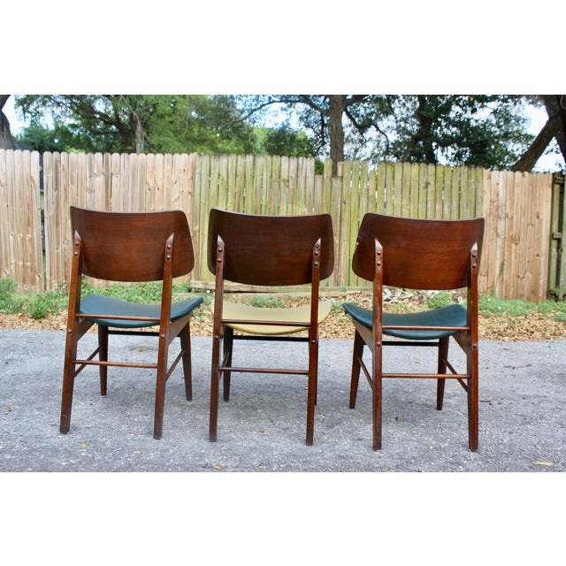 Mid-Century Modern Clam Shell Chairs - Set of 3 - Image 6 of 8